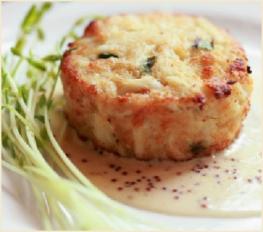 Crab Cakes with Horseradish Sauce